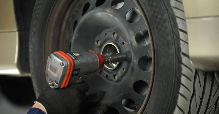 BMW E90 320i 2.0 2008 Rotule De Direction remplacement : manuels d'atelier gratuits