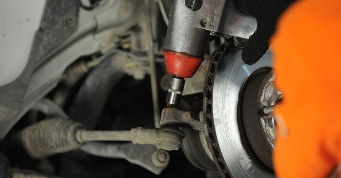 Wie schwer ist es, selbst zu reparieren: Spurstangenkopf Ford Focus mk2 Limousine 1.4 2010 Tausch - Downloaden Sie sich illustrierte Anleitungen
