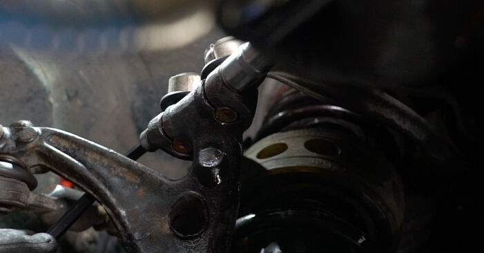 AUDI A6 2.4 Radlager ausbauen: Anweisungen und Video-Tutorials online