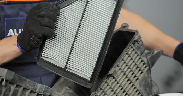 CR-V II (RD_) 2.4 2006 2.2 CTDi (RD9) Luftfilter - Handbuch zum Wechsel und der Reparatur eigenständig