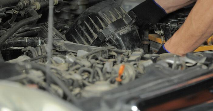 Wie Luftfilter Honda CR-V II 2.0 (RD4) 2001 tauschen - Kostenlose PDF- und Videoanleitungen