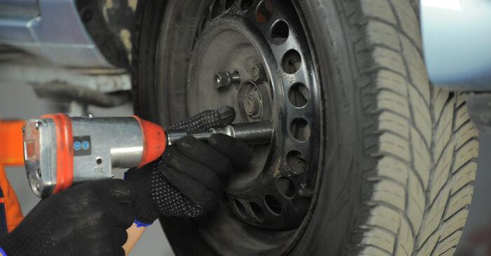 Wie schwer ist es, selbst zu reparieren: Spurstangenkopf Honda Jazz gd 1.5 2007 Tausch - Downloaden Sie sich illustrierte Anleitungen
