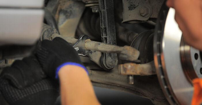 Austauschen Anleitung Spurstangenkopf am Opel Astra H Caravan 2014 1.6 (L35) selbst