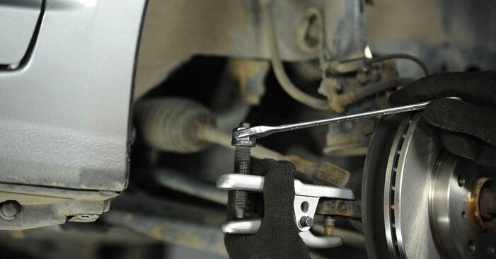Spurstangenkopf beim SUZUKI SWIFT 1.5 4x4 (RS 415) 2012 selber erneuern - DIY-Manual