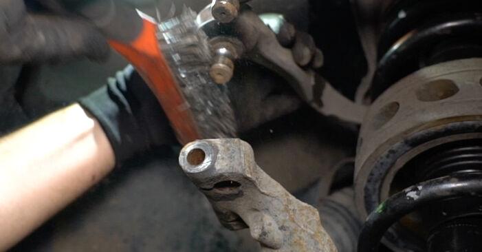 Schritt-für-Schritt-Anleitung zum selbstständigen Wechsel von Audi A6 C5 Avant 2001 1.8 T Stoßdämpfer