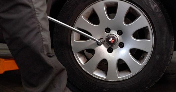 Wie schwer ist es, selbst zu reparieren: Stoßdämpfer Audi A6 C5 Avant 1.8 T quattro 2003 Tausch - Downloaden Sie sich illustrierte Anleitungen