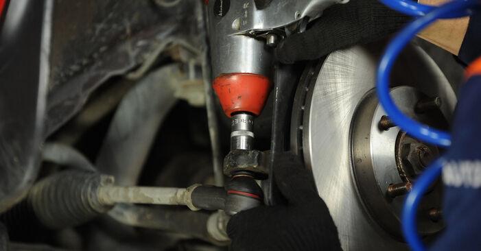 Recommandations étape par étape pour remplacer soi-même Mazda 3 Berline 2009 1.4 Rotule De Direction