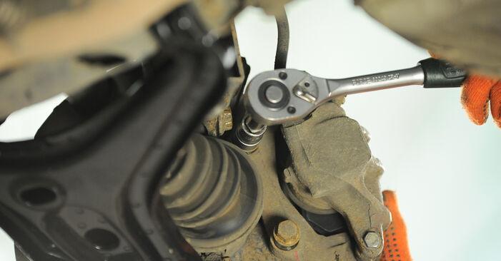 Radlager am AUDI 80 Limousine (8C2, B4) 2.0 E quattro 1992 wechseln – Laden Sie sich PDF-Handbücher und Videoanleitungen herunter