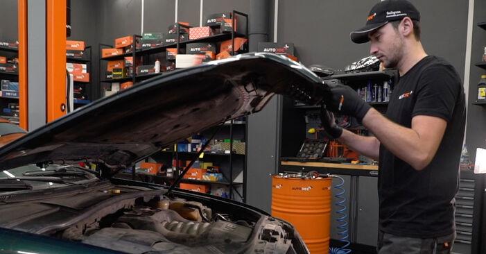 Hvordan skifte Bremsecaliper på Audi A6 C5 Avant 1997 – gratis PDF- og videoveiledninger