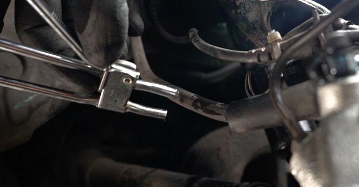 Hvordan bytte AUDI A6 Avant (4B5, C5) 2.4 2002 Bremsecaliper selv – veiledning på nettet