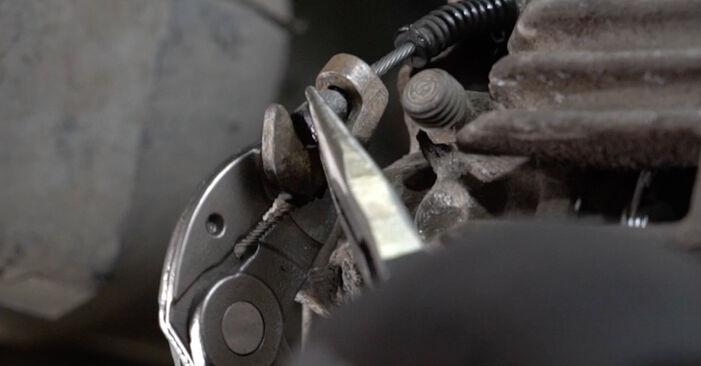 À quel point est-il difficile de le faire soi-même : télécharger le guide illustré pour le changement de Étrier De Frein sur Audi A6 C5 Avant 1.8 T quattro 2003