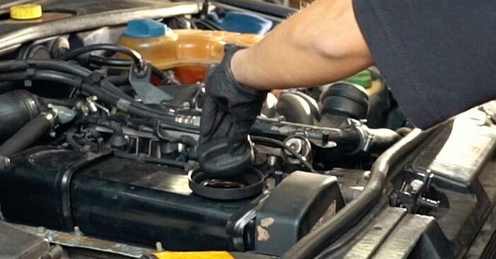 Ölfilter Audi A4 B5 1.8 1996 wechseln: Kostenlose Reparaturhandbücher