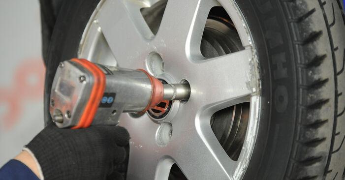 Wie VW LUPO 1.4 TDI 2002 Radbremszylinder ausbauen - Einfach zu verstehende Anleitungen online