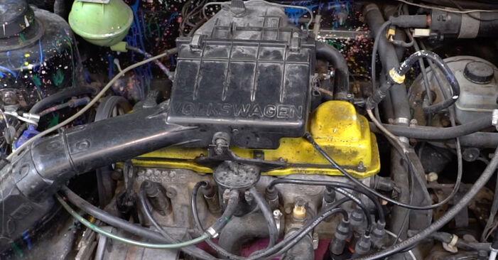 Kühlmittelflansch Golf 2 1.8 GTI 16V 1985 wechseln: Kostenlose Reparaturhandbücher