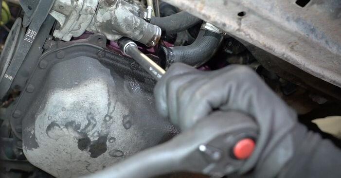 Kühlmittelflansch beim VW GOLF 1.8 GTI G60 1990 selber erneuern - DIY-Manual