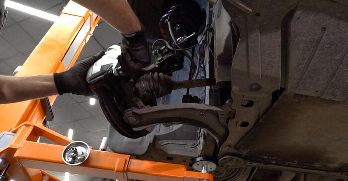 Hvordan bytte BMW 5 Sedan (E60) 520d 2.0 2005 Bærebru selv – veiledning på nettet