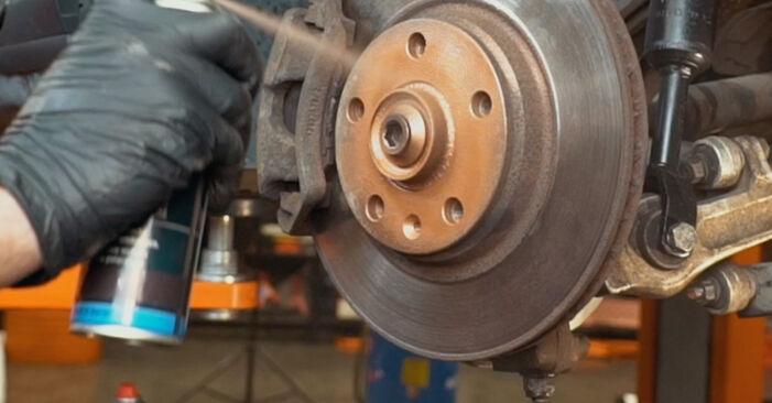 Recommandations étape par étape pour remplacer soi-même Audi A4 B5 1999 1.8 T quattro Amortisseurs