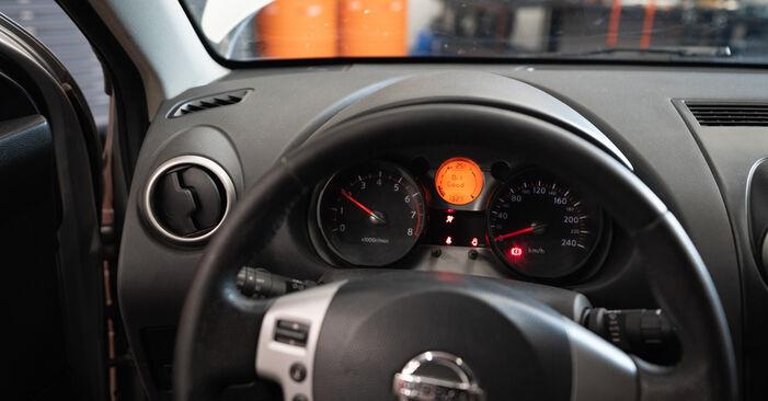 Hvordan bytte Hjullager på BMW 5 Sedan (E60) 520i 2.2 2004 selv