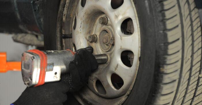 Wechseln Spurstangenkopf am VW GOLF III (1H1) 1.9 TDI 1994 selber