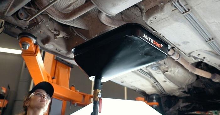 Wie AUDI A4 1.8 T quattro 1998 Kraftstofffilter ausbauen - Einfach zu verstehende Anleitungen online