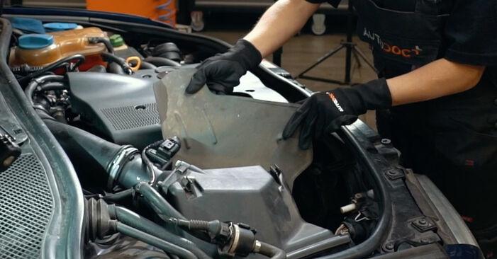 Zweckdienliche Tipps zum Austausch von Luftfilter beim AUDI A4 Limousine (8D2, B5) 1.8 2000