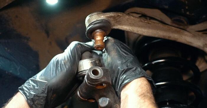 Achsmanschette Audi A4 B5 1.8 1996 wechseln: Kostenlose Reparaturhandbücher