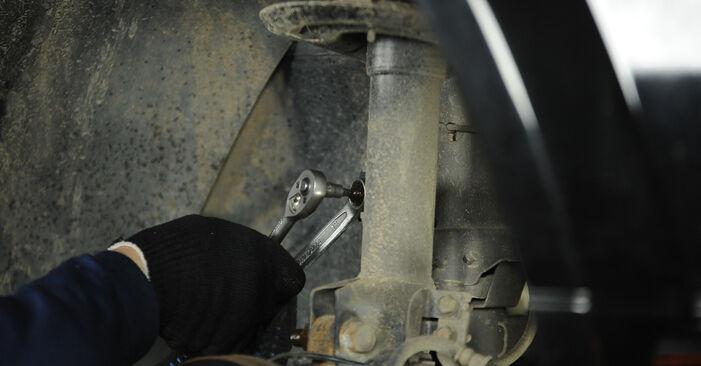 Vanskelighetsgrad: Bytte av Støtdemper på Dodge Caliber SRT4 2.4 SRT4 AWD 2012 – last ned illustrert veiledning