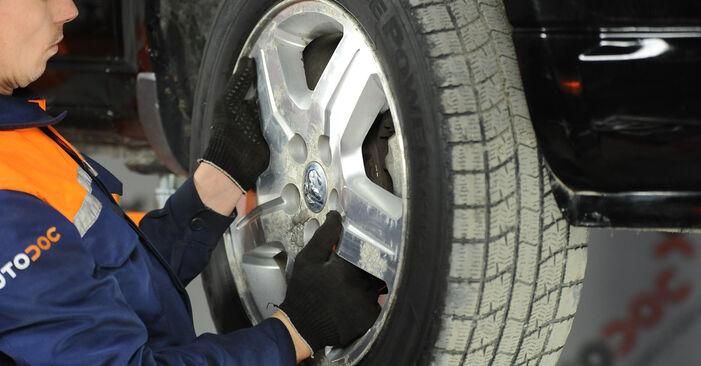 Radlager beim DODGE CALIBER 2.4 AWD 2013 selber erneuern - DIY-Manual