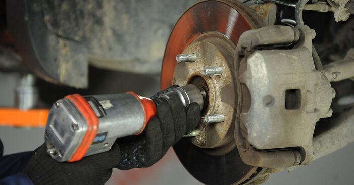 Wie schwer ist es, selbst zu reparieren: Radlager Dodge Caliber SRT4 2.4 SRT4 AWD 2012 Tausch - Downloaden Sie sich illustrierte Anleitungen