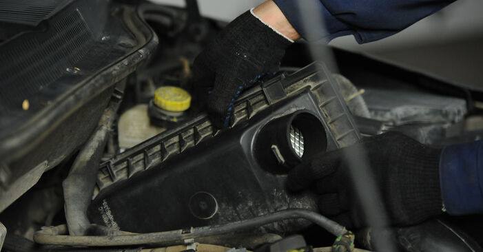 Luftfilter Ihres Dodge Caliber SRT4 2.0 CRD 2014 selbst Wechsel - Gratis Tutorial