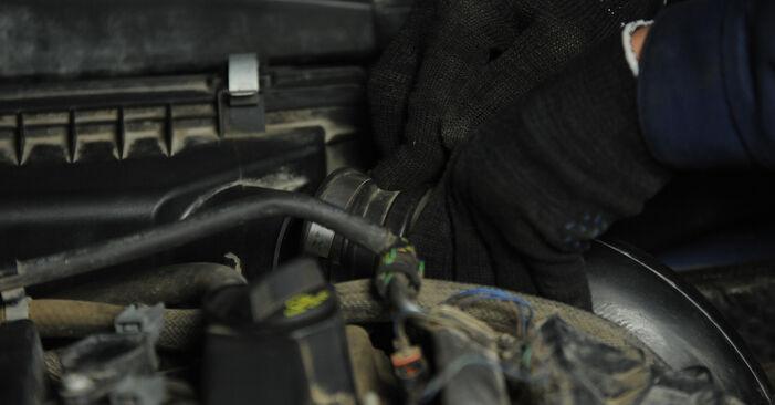 Austauschen Anleitung Luftfilter am Dodge Caliber SRT4 2016 2.0 CRD selbst