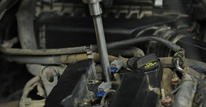 Zündkerzen Ihres Dodge Caliber SRT4 2.0 CRD 2014 selbst Wechsel - Gratis Tutorial