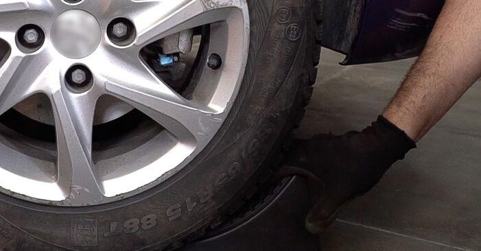 Wie schwer ist es, selbst zu reparieren: Spurstangenkopf Opel Astra G CC 2.0 DI (F08, F48) 2004 Tausch - Downloaden Sie sich illustrierte Anleitungen