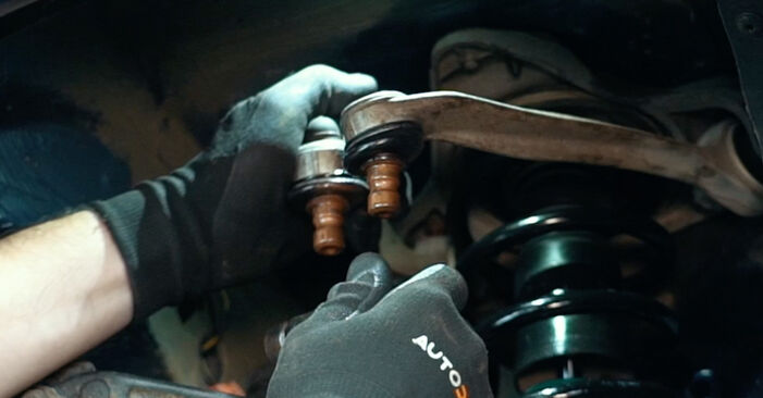 How to change Wheel Bearing on Audi A4 B5 1994 - free PDF and video manuals