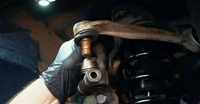 Step-by-step recommendations for DIY replacement Audi A4 B5 1999 1.8 T quattro Wheel Bearing
