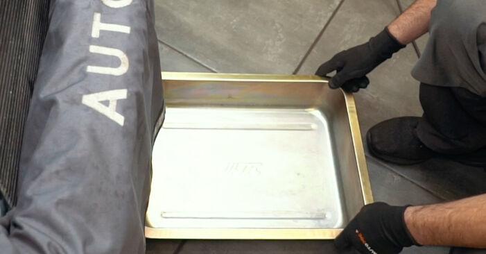 Thermostat am AUDI A4 Limousine (8D2, B5) 1.9 TDI quattro 1999 wechseln – Laden Sie sich PDF-Handbücher und Videoanleitungen herunter
