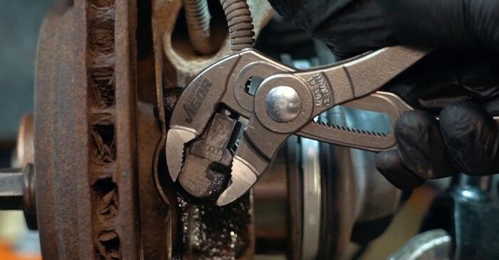 Tidsforbruk: Bytte av ABS Sensor på Audi A4 B5 1994 – informativ PDF-veiledning