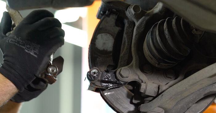 Hvordan skifte Bremsecaliper på Nissan Qashqai j10 2006 – gratis PDF- og videoveiledninger