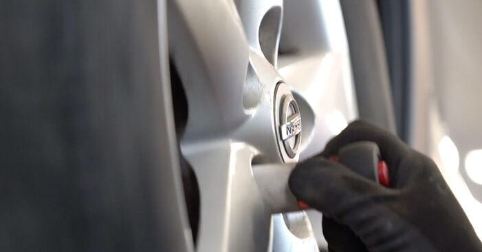 Nissan Qashqai j10 2011 1.6 dCi Rugózás csináld magad csere - javaslatok lépésről lépésre