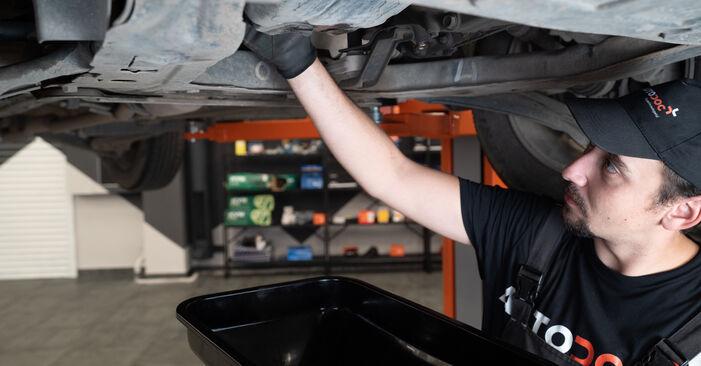 Austauschen Anleitung Ölfilter am Nissan Qashqai j10 2008 1.5 dCi selbst