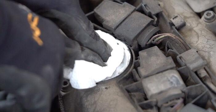 VW CADDY 2011 Tändspole utbytesmanual att följa steg för steg