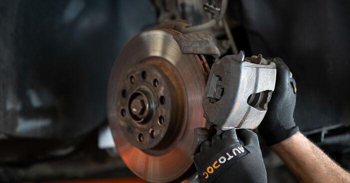 Recomendaciones paso a paso para la sustitución por su cuenta VW Caddy 3 2005 2.0 TDI 16V Pinzas de Freno