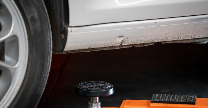 Cómo cambiar Pinzas de Freno en un VW Caddy III Familiar (2KB, 2KJ, 2CB, 2CJ) 2004 - consejos y trucos