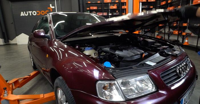 Austauschen Anleitung Luftfilter am Audi A3 8L 1998 1.9 TDI selbst