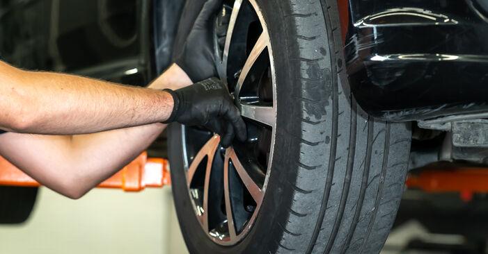 Savarankiškas VW TOURAN (1T3) 1.4 TSI EcoFuel 2013 Spyruoklės keitimas