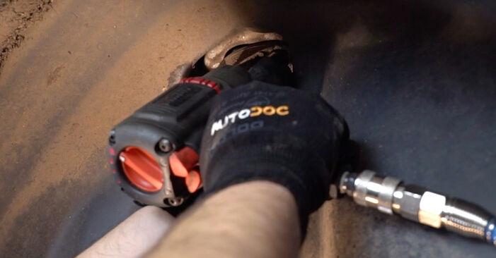 Смяна на Амортисьор на Polo 9n 2011 1.4 16V самостоятелно