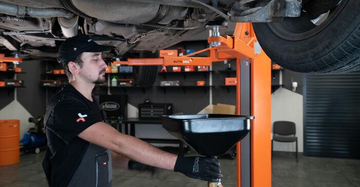Kraftstofffilter Audi A3 8L 1.6 1998 wechseln: Kostenlose Reparaturhandbücher