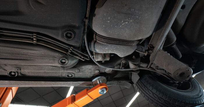 Wechseln Kraftstofffilter am AUDI A3 Schrägheck (8L1) S3 1.8 quattro 1999 selber