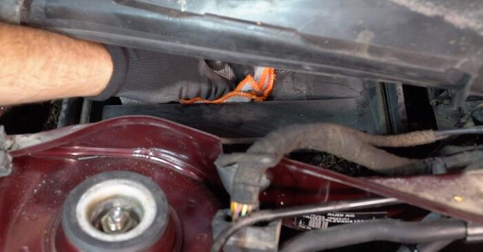 Innenraumfilter Ihres Audi A3 8l1 1.6 1996 selbst Wechsel - Gratis Tutorial