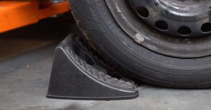 Vanskelighetsgrad: Bytte av Vindusviskere på Golf 6 1.6 TDI 2009 – last ned illustrert veiledning